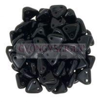 Cseh kétlyukú háromszög gyöngy - Opaque Black -6mm