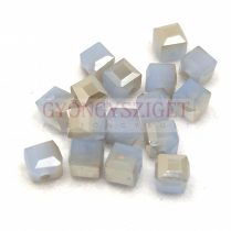Kocka alakú üveg gyöngy - Air Blue Opal Gray Luster - 6mm