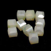 Kocka alakú üveg gyöngy - Pacific Opal Bronz Luster - 6mm