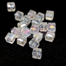 Kocka alakú üveg gyöngy - Crystal AB - 8mm